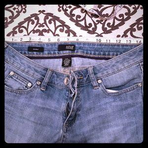 ANA jeans sz 6/28 skinny's GUC